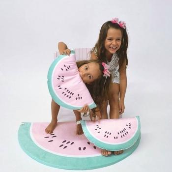 Zierkissen wassermelone for Deckendeko kinderzimmer